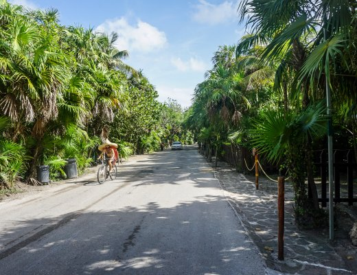 Tulum beach road