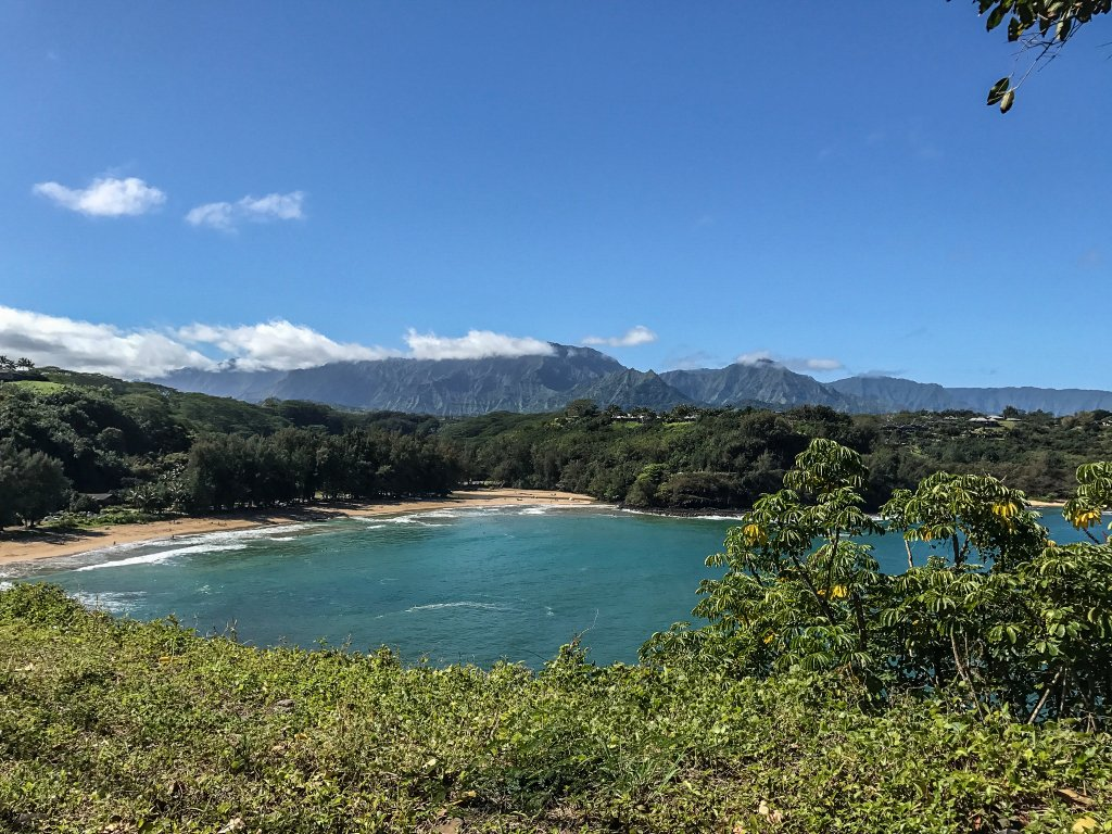 Hanalei overlook - Babymoon in Hawaii