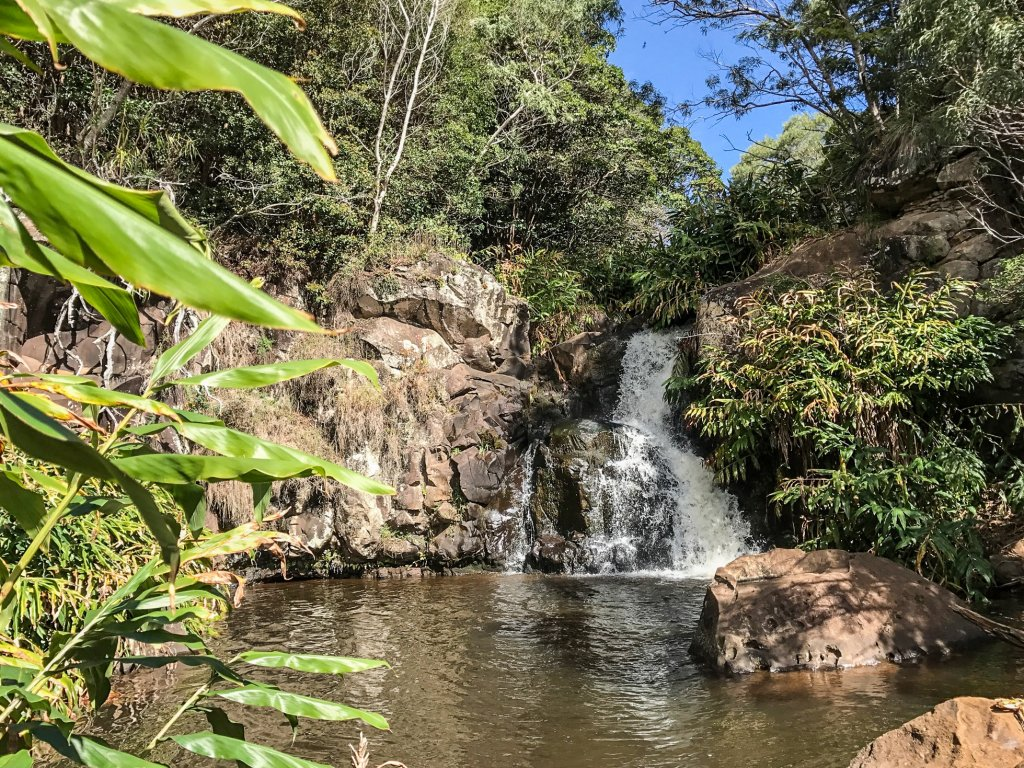 Waipoo Falls trail babymoon in Kauai