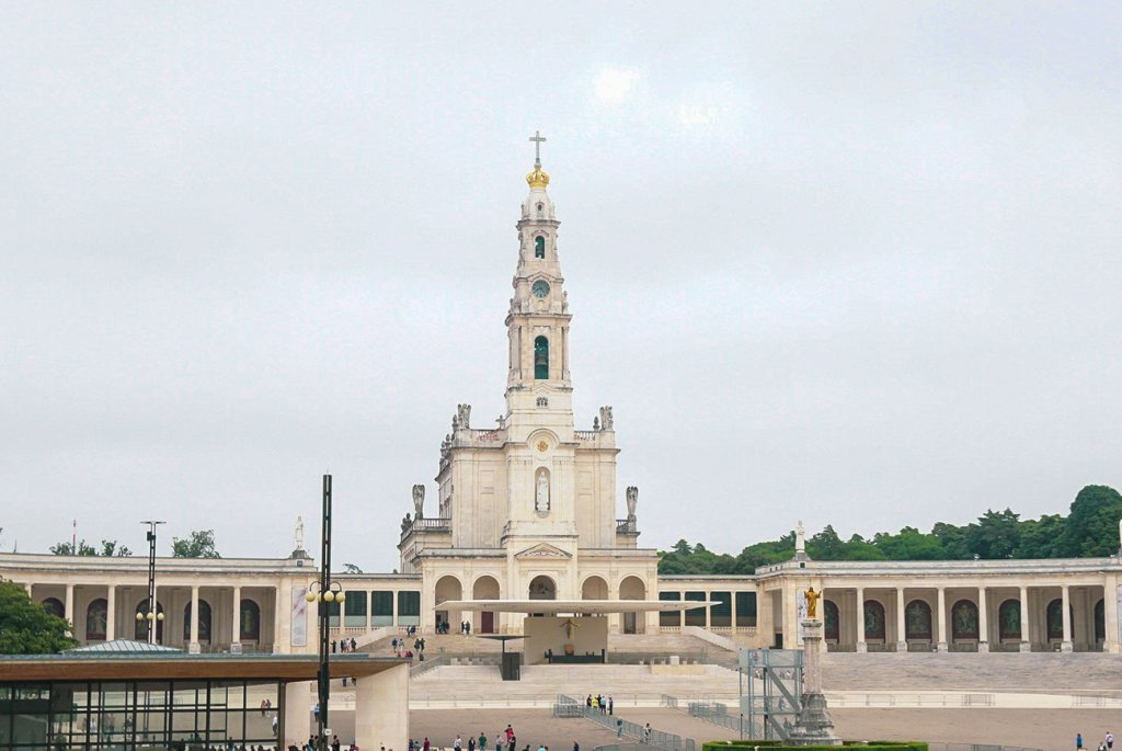 enormous sanctuary in Fatima
