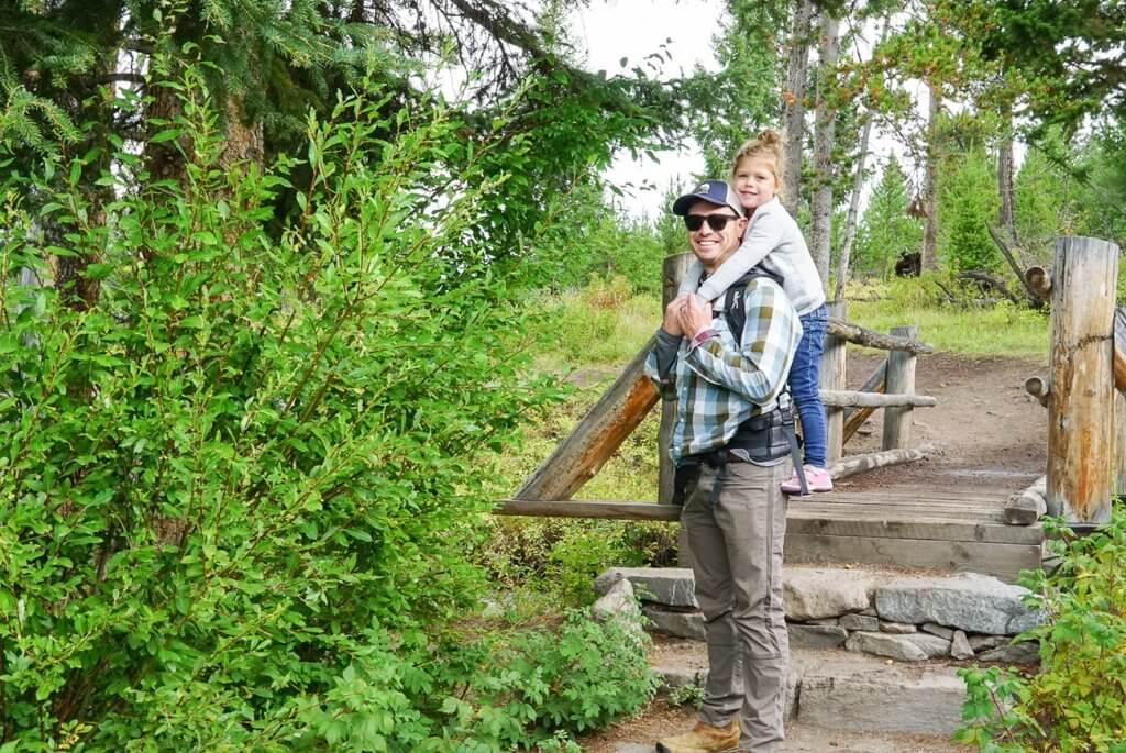 hiking to Wraith Falls